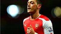 Arsenal 4-1 Liverpool: Mesut Oezil tỏa sáng, Liverpool thua muối mặt