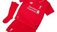 Steven Gerrard vắng mặt trong buổi lễ ra mắt áo mới của Liverpool