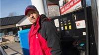 Mỹ: Xăng mất giá thảm hại nhất trong vòng một tháng qua
