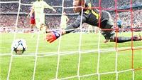 Như Suarez và Neymar, Ter Stegen đã là ngôi sao