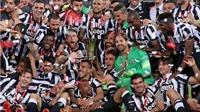 Juventus - Lazio 2-1: Pirlo tỏa sáng, Juve đoạt Cúp Ý, chờ đánh bại Barca để 'ăn ba'