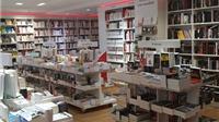 Cửa hàng sách La Hune huyền thoại ở Paris buộc phải đóng cửa