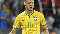 Man United phải chi 20 triệu bảng mới mua được hậu vệ phải Brazil