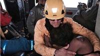 VIDEO: Tìm thấy nhóc tì 8 tháng tuổi còn sống sau tai nạn máy bay ở Colombia
