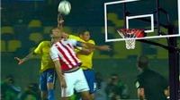 VIDEO: Thiago Silva bị đồng đội chất vấn ngay trước loạt đá luân lưu với Paraguay