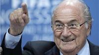 CẬP NHẬT tin tối 1/7:  Blatter: 'Không ai có thể chứng minh tôi tham nhũng'. Douglas Costa CẬP BẾN Bayern Munich