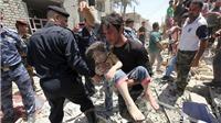 VIDEO: Máy bay chiến đấu làm rơi bom vào khu dân cư, 7 người thiệt mạng, 11 người bị thương