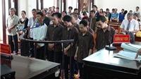 VIDEO: 8 kẻ hành hung đến chết một học sinh ở Bình Phước nhận 53 năm tù về tội giết người
