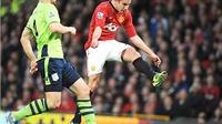 Van Persie rời Man United: Anh không phải là hợp đồng thất bại