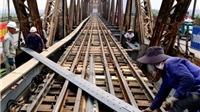Sửa chữa cầu Long Biên: 'Giấc mơ' cầu đi bộ vẫn còn xa