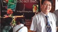 Nhà báo Bùi Nguyễn Trường Kiên bán thơ giúp đồng nghiệp
