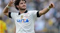 Alexandre Pato trên đường tới Premier League