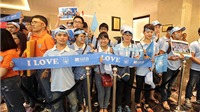 Man City đến Việt Nam: Đợi 7 tiếng, gặp thần tượng trong… 10 phút