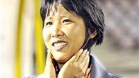 Kim Chi làm trợ lý cho ông Takashi
