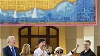 """Bảo tàng quốc gia Mỹ trưng bày bức thảm """"đặc biệt"""" tôn vinh John Lennon"""