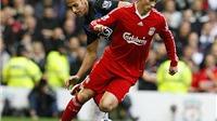 Benteke liệu có phá được 'dớp' số 9 của Liverpool?