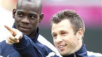 Antonio Cassano và Mario Balotelli: 'Không chốn dung thân'