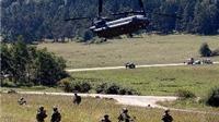 Xem lính NATO bung dù 'phủ kín' bầu trời nước Đức