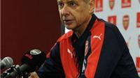 HLV Arsene Wenger nổi giận vì bị gọi là 'Đồ gian dối'