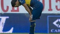 Trận đấu của Carlos Tevez: Lập 'siêu phẩm' rồi đạp gãy chân đối thủ