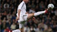 Zidane xử lý bóng ảo diệu trước khi kiến tạo cho Robinho ghi bàn vào lưới Bilbao