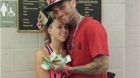 Cặp đôi cướp ngân hàng 'sa lưới' vì khoe núi tiền trên Facebook