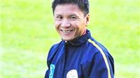 Ông Võ Đình Tân, HLV trưởng Sanna Khánh Hòa: 'Một mùa giải luôn nơm nớp và bất ổn'