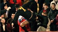 'The Return of the King': Hai thập kỷ Eric Cantona trở lại sau cú kung-fu
