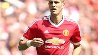 Man United: Van Gaal cần tin tưởng Schneiderlin hơn