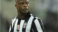 Patrice Evra vẫn bực mình khi nhắc lại chuyện rời Man United