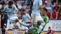 ĐIỂM NHẤN: Keylor Navas là người hùng của Real Madrid. Trọng tài quá nặng tay với Celta Vigo