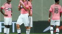 Sassuolo 1-0 Juventus: Chiellini nhận thẻ đỏ, Juventus lại sa lầy