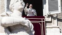Vatican tiếp tục rung chuyển bởi những bí mật động trời bị phanh phui