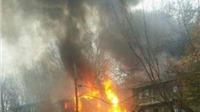Mỹ: Máy bay đâm vào chung cư, toàn bộ hành khách thiệt mạng