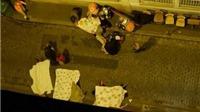Khủng bố tại Paris: Cả chục vụ nổ, người dân phải ở trong nhà, biên giới quốc gia sắp phải đóng