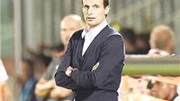 Từ Milan tới Juve: Cái dớp thất bại của Allegri