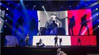 Scorpions là ban nhạc quốc tế đầu tiên trình diễn ở Paris