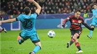 Chicharito ghi bàn liên tục, CĐV Man United phát điên vì Van Gaal