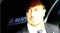 Real Madrid khủng hoảng: Benitez tự 'mua xăng đốt nhà'!