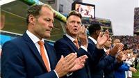 Chỉ cần Man United sa thải, tuyển Hà Lan sẽ mời lại Van Gaal