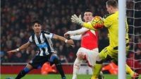 Arsenal 1-0 Newcastle: Koscielny giúp Arsenal củng cố ngôi đầu