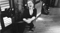 Ảnh tập gym xấu xí của Adele khiến cộng đồng mạng thích thú