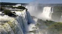 Đến Argentina thám hiểm 'họng quỷ'