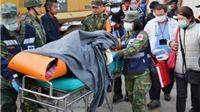 Cứu được 2 người trong đống đổ nát, Đài Loan hy vọng về 110 người còn lại