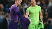 Guardiola đưa Neuer tới Man City, tương lai Joe Hart bất định