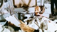 Phi hành gia bị 'bỏ rơi' trong chuyến bay lên mặt trăng cùng Neil Armstrong
