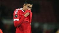Roy Keane: 'Cầu thủ Man United đang co rúm lại trước áp lực'