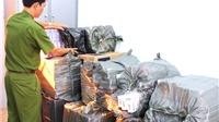 Công an TP HCM bắt đường dây mua bán và thu giữ 27.000 bao thuốc lá lậu