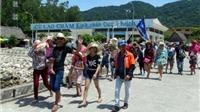 Hơn 1.000 du khách mắc kẹt trên Cù Lao Chàm đã về đất liền