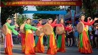 Festival Huế: Bất chấp nắng nóng, người dân xuống đường đón lễ hội đường phố